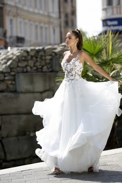 abiti da sposa su misura- Ines