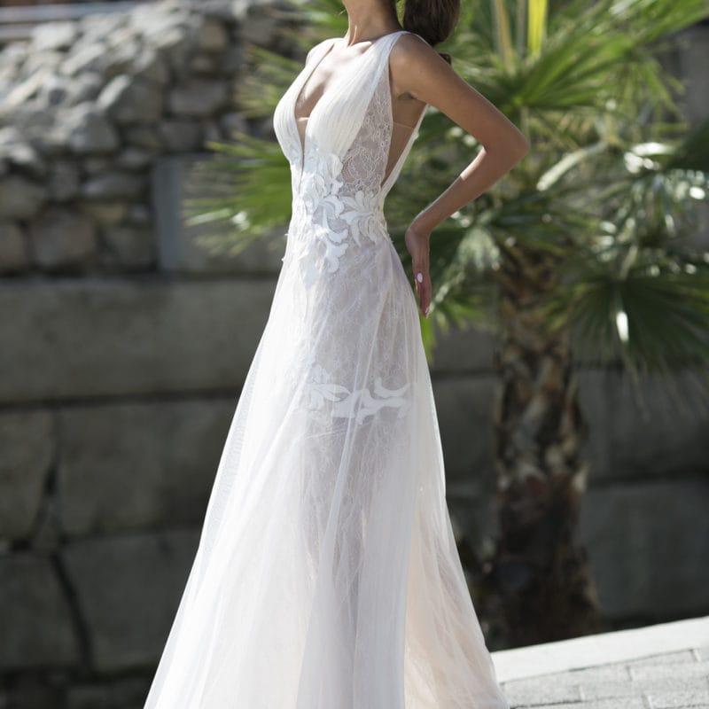abito da sposa modello shalia, corto, scivolato, pizzo e trasparenze