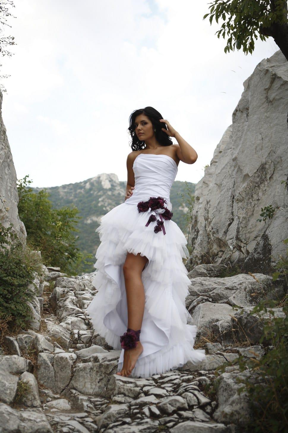 feb4da15ebc1 wedding dress Ninfe · Abito con gonna corta davanti ...