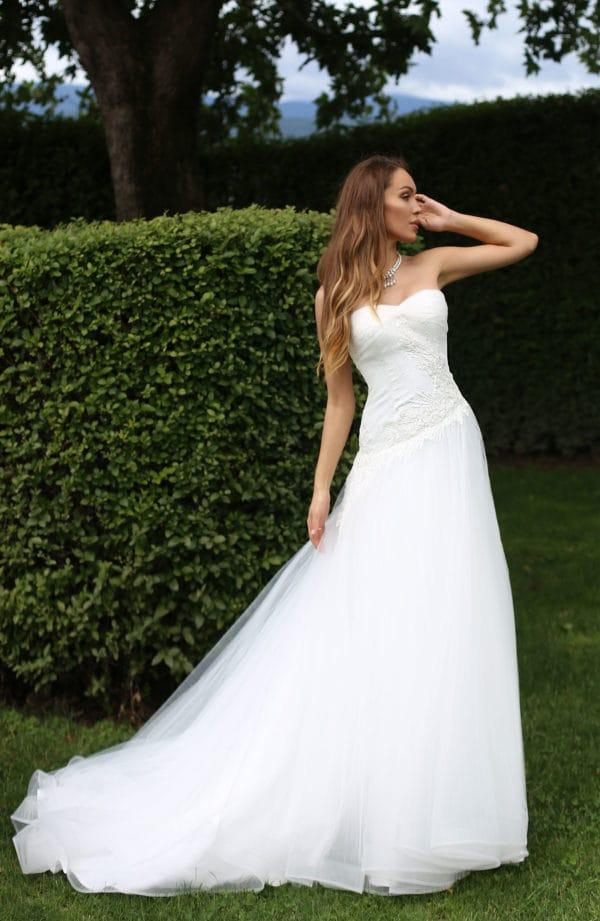 Nora, abito da sposa